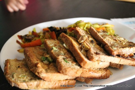 Gram Flour Sandwich with Stir Fry veggies